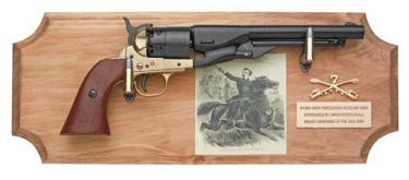 George Custer Framed Set Non Firing Replica Gun