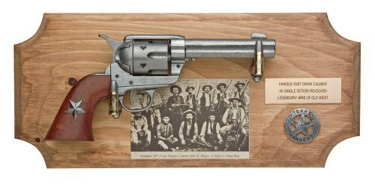 Texas Rangers Framed Set Non Firing Replica Gun
