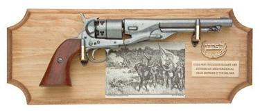 Civil War U.S. Framed Set Non Firing Replica Gun