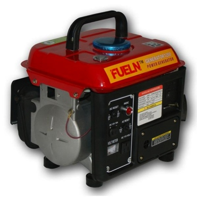 1000/1250 watt Portable Gas Generator by FUELN