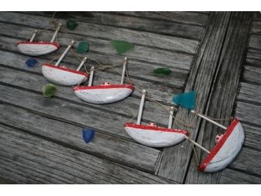 Hanging Boat House Set Of 5 Red Coastal Coastal Decor