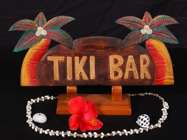 Welcome Sign Tiki Bar W Palm Trees Coastal Decor