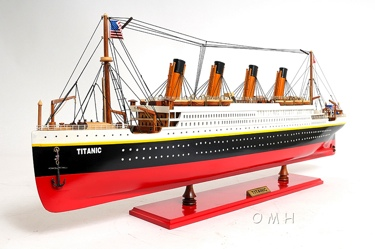 Titanic Painted L OMH Handcrafted Model
