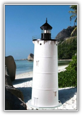 4 Foot Cape Neddick Deluxe Stucco Lighthouse