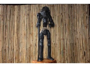 Primitive Head Hunter 40 Tribal Tiki Decor