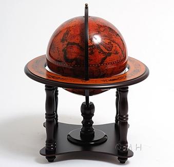 Globe 220mm 4 legged wood stand red