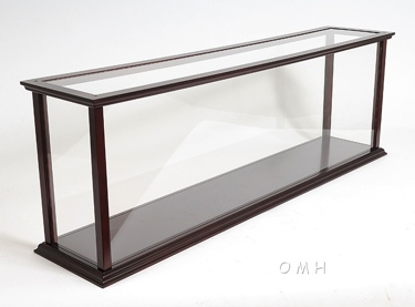 Display Case for Cruise Liner Mid