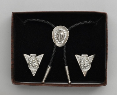 Bolo Tie & Collar Tips Boxed Set - Silver Hat & Austrian Crystals