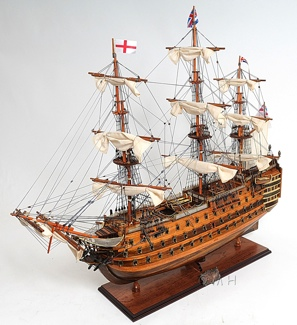 HMS Victory Mid Size EE OMH Handcrafted Model
