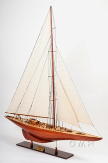 Endeavour XL OMH Handcrafted Model