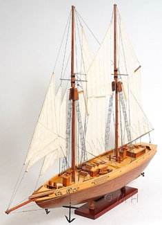 Bluenose II L OMH Handcrafted Model